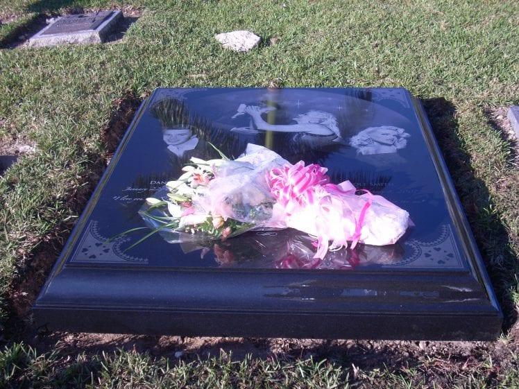Anna Nicole Smith Monument Evans Monument Company